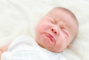 bebe-recem-nascido-chorando-foto-leungchopanshutterstockcom-0000000000016550