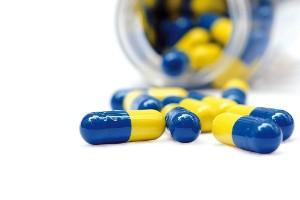 midia-indoor-medicina-saude-saudavel-remedio-medicacao-prescricao-medico-droga-drogaria-antibiotico-capsula-cura-frasco-curar-tratamento-medicacao-regime-farmacia-receita-1386711100914_300x200