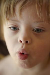 Noah-lips-1